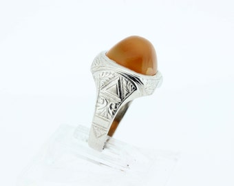 10K Carnelian Engraved Ring