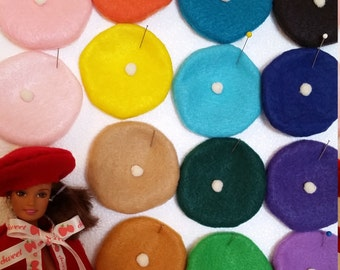 Sweet beret for fashion dolls