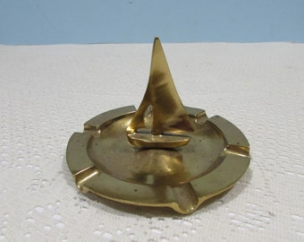 Brass Sailboat Ashtray ~ Vintage Brass Ashtray ~ Nautical Décor ~ Brass Jewelry or Coin Dish ~ Man Cave ~ Mad Men