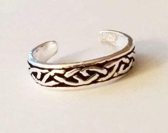 Sterling Silver Celtic Midi Ring, Toe Ring  SHIPS TOMORROW
