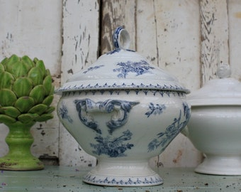 French Ironstone / French Transferware / Sarreguemines / French Tureen / Soup Tureen / Lided Tureen /  Transferware / Antique Tureen