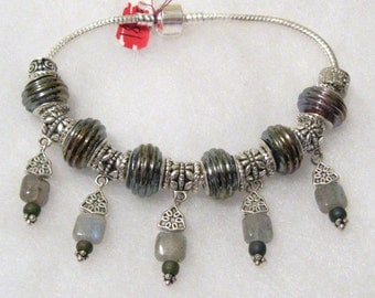 581 - CLEARANCE - X-Long - Grey Bracelet