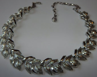 Vintage Coro Necklace Silver Tone Coro Leaves Necklace Choker Signed