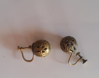 Vintage Delicate Brass Orbs to Dangle from Your Ears