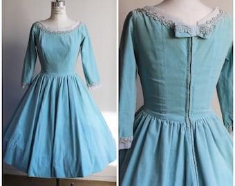Vintage 1950s Blue Velvet Party Dress / 50s  Cotton Velvet Ice Blue Dress / Holiday Dress / Full Circle Skirt / Bow / New Look Dress