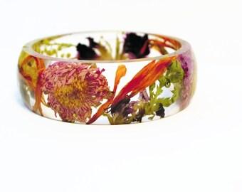 Real pressed flower bangle, real flower bracelet, nature jewelry, pressed flower jewelry, nature inspired jewelry, flower jewelry, flower