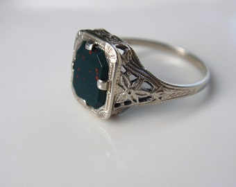 Victorian Ladies Bloodstone Filigree 14k Ring Art Deco white gold square octagon unique flowers green red