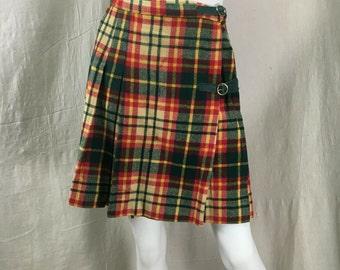 60s Plaid Kilt Skirt // Vintage Pleated Skirt Mid Length