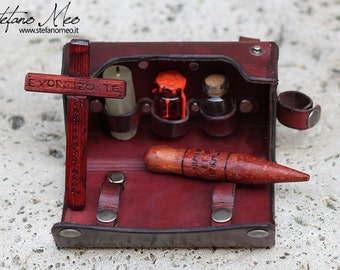 Vampire Hunter kit - belt purse - LARP
