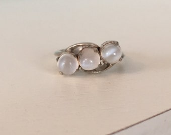 Antique Sterling Silver Moonstone Cabochon Ring - Size 6.25