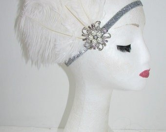 White Silver Feather Pearl Headpiece Great Gatsby Flapper Headband 1920s Vtg Y39