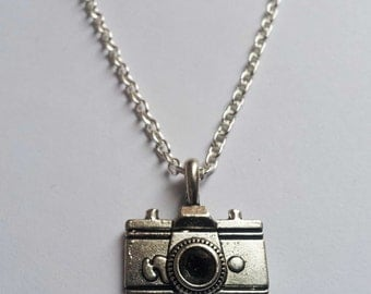 Camera Necklace , Silver Necklace , Photographer Necklace , Holiday Necklace , Travel Necklace , Handmade Jewellery , Handmade Jewelry