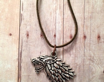 Direwolf Necklace - Silver Tone -Game of Thrones - Stark - Celtic Wolf