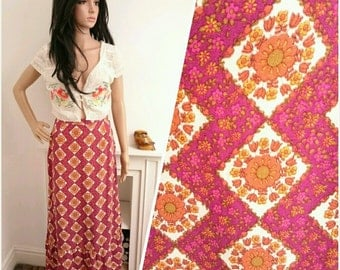 Vintage 70's Pink Orange Floral Geo Daisy Boho Folk Maxi Skirt / UK 8 / EU 36 / US 4