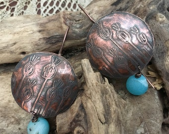 Engraved copper earrings and natural agate.