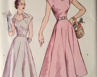 Butterick 6522 - 1950s Sweetheart Neckline Dress with Pointed Collar and Cap Sleeves and Midi Length Flared Skirt - Size 12 14 16