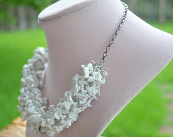 White Howlite beaded necklace