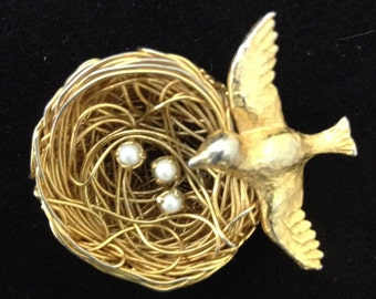 Jeanne Bird Nest Pin Vintage Bird Pin Gold Bird Nest Pin Jeanne Brooch Bird Brooch Bird Nest Brooch