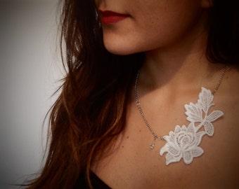 Classic White Vintage Lace Necklace