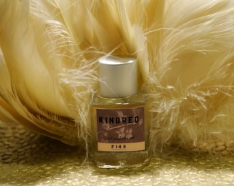 Kindred perfume oil 5ml-lemon, powdery notes, Madagascan vanilla bean, soft amber, opoponax