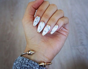 WHITE MARBLE Luxury Press On Nails