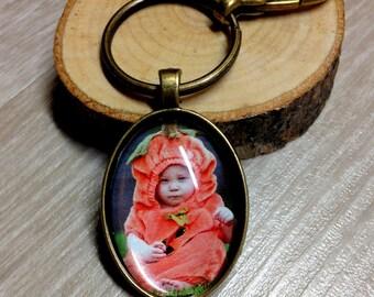 Custom Bronze Oval Photo Keychain - Picture Keychain - Personalized Keychain - Photo Jewelry - Gift - Keepsake