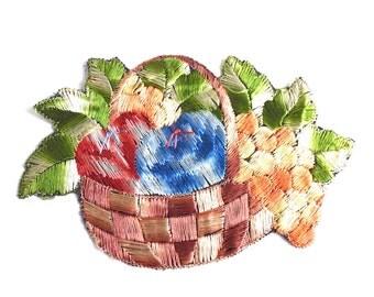 Fruit basket applique, 1930s vintage embroidered applique. Vintage patch, sewing supply. #5E6GCCK8