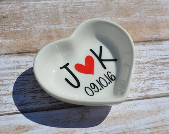 Wedding Ring Dish | Wedding Jewlery Dish | Wedding Gift | Anniversary | Bride Gift | Engagement Gift | Christmas Gift | Mr and Mrs Ring Gift