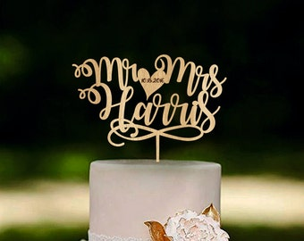 Mr and Mrs cake topper, Custom name cake toppers, Unique wedding cake topper, Last name wedding cake topper, Personalized cake topper Gold