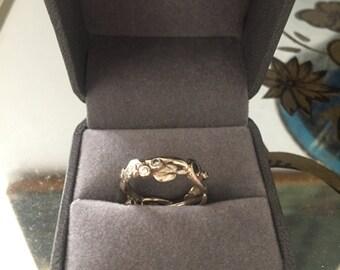 14K White Gold and Diamond Vine Ring