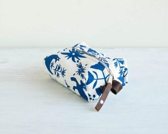Small Otomi Cosmetic Bag