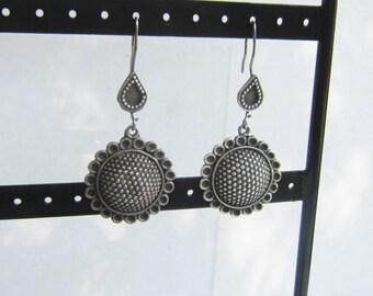 Vintage Sterling Silver Long Dangling Sunflower Earrings   0161