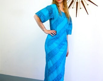 Vintage Boho 70s Mexican Lace Maxi Dress Turquoise Blue Mermaid Cut Pleated Tiered Bright Aqua Crochet Lace Hippie 1970s Long Fitted Dress