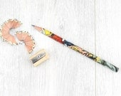 A set of 5 Superhero Pencils in a matching gift box. Pick your superhero & give to your very own superhero. Great gifts for comic book fans