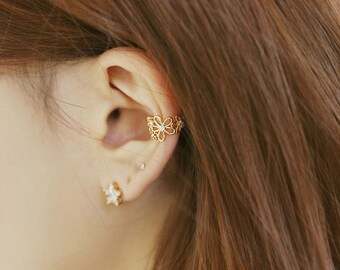 Flower Ear Cuff, Ear Cuff Earring, Gold flower ear cuff, Cartilage Cuff, Gold Ear Cuff, Ear cuffs no piercing, Ear Cuff Earring, Cartilage