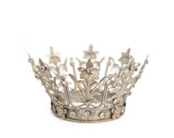 Crown Cake Topper, Santos Crown, Silver Crown, Wedding Cake Topper, Crown Photo Prop, Rhinestone Crown, Fiona