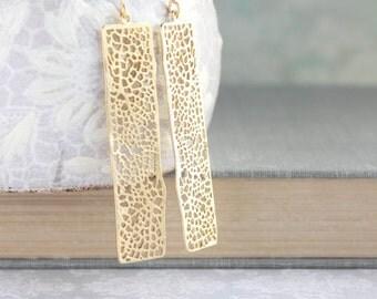 Unique Gold Earrings Long Lace Filigree Modern Dangle Gold Womens Jewelry Bridesmaids Gift For Girlfriend Minimalist Geometric Nickel free