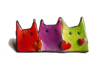 CAT BROOCH, Cat pin, fun cats, 3 cats brooch red hearts, cat lover Mother's day jewelry, fun pastel cats in red purple green