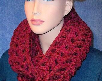 Burgundy Crochet Infinity Scarf, Chunky Infinity Scarf, Red Infinity Scarf, Burgundy Scarf, Crocheted Red Scarf, Plush Scarf, Chenille Scarf