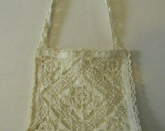 Small White Crocheted Square Lacey Wristlet Bagette Pouch Handbag Purse
