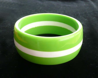 Bangle Bracelet Lucite Lime Green & White Stripes 1960s