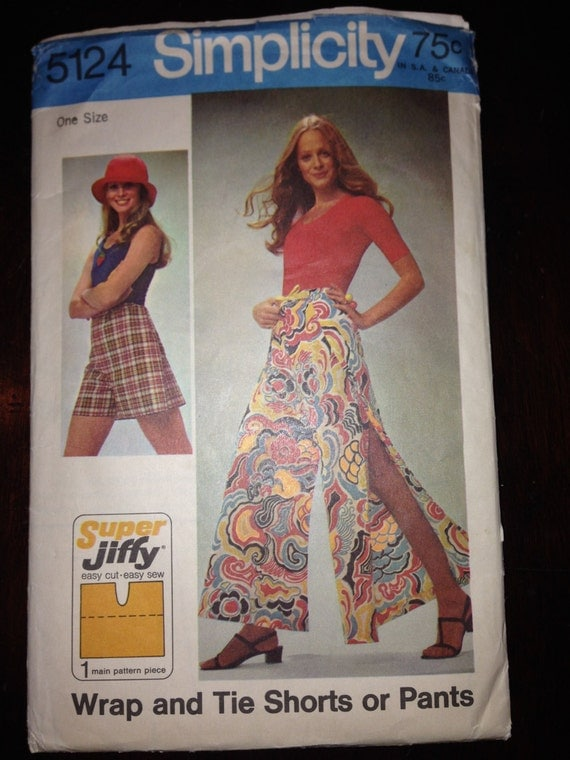 Simplicity Sewing Pattern 5124 70s Misses Simple to Sew Super Jiffy Wrap and Tie Shorts or Pants Size Petite, Small, Medium