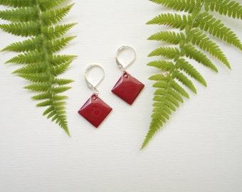 Burgundy Diamond Shape Earrings. Fall. Winter jewelry. Autumn. Dangle. Silver Leverback. Enamel diamond shape. Red earrings.