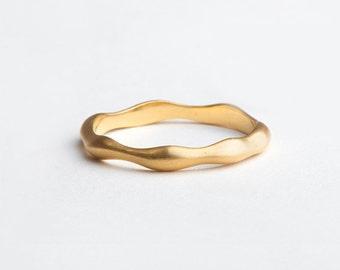 Organic Gold Ring Slim Wedding Ring Band | 18 Karat Gold Ring, Dainty Slim Wedding Band, 14k Yellow Gold, Women's Thin Ring