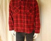 Mens vintage wool flannel shirt 70s men's plaid shirt Long sleeve button down hipster shirt Grunge clothing Retro red wool shirt men