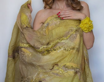 GOLDEN LIGHT V.2 nuno felt shawl, silk wool, yellow gold, natural dyes OOAK