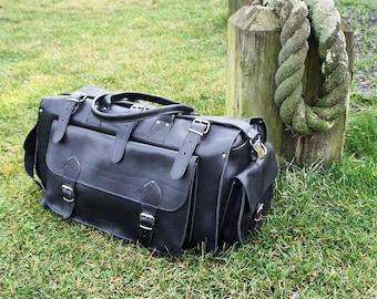 "Apollo Weekender Leather Bag/20"" Handmade/Full Grain in Black/Greek Leather/Adjustable Shoulder Straps/Travel Duffel"
