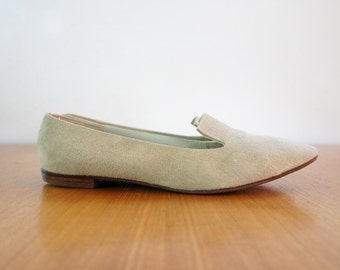 60s putty suede flats / 1960s minimal shoes / Golo / sz. 7