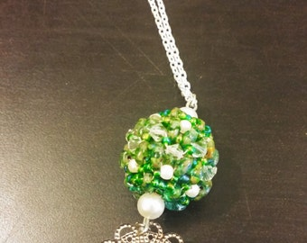 Green and pearl Beaded Pendent sphere ball shape silver plated flower sterling silver Necklace