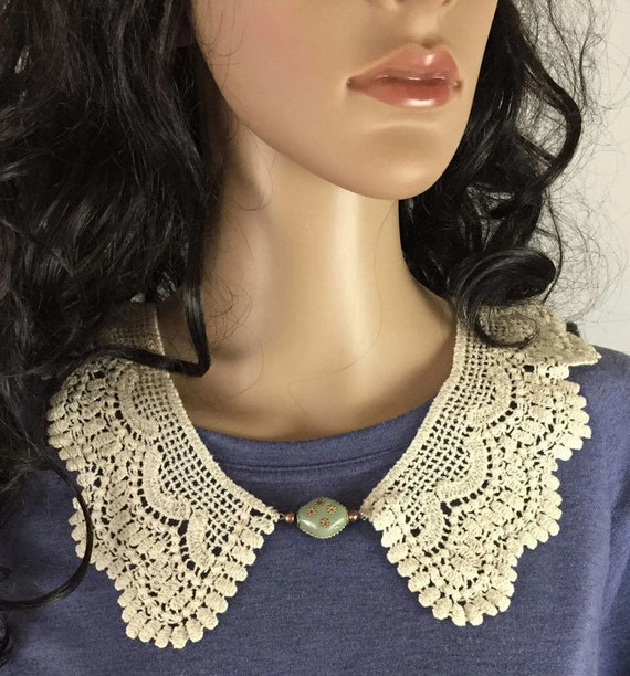 Outlander Claire Lace Collar with Embossed Green Bead - Statement Necklace Fraser Diana Gabaldon FREE SHIPPING FT21
